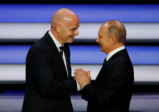 171201, Fotboll, VM Soccer Football - 2018 FIFA World Cup Draw - State Kremlin Palace, Moscow, Russia - December 1, 2017   FIFA President Gianni Infantino and President of Russia Vladimir Putin during the draw   REUTERS/Kai Pfaffenbach  © BildbyrŒn - COP 7 - SWEDEN ONLY